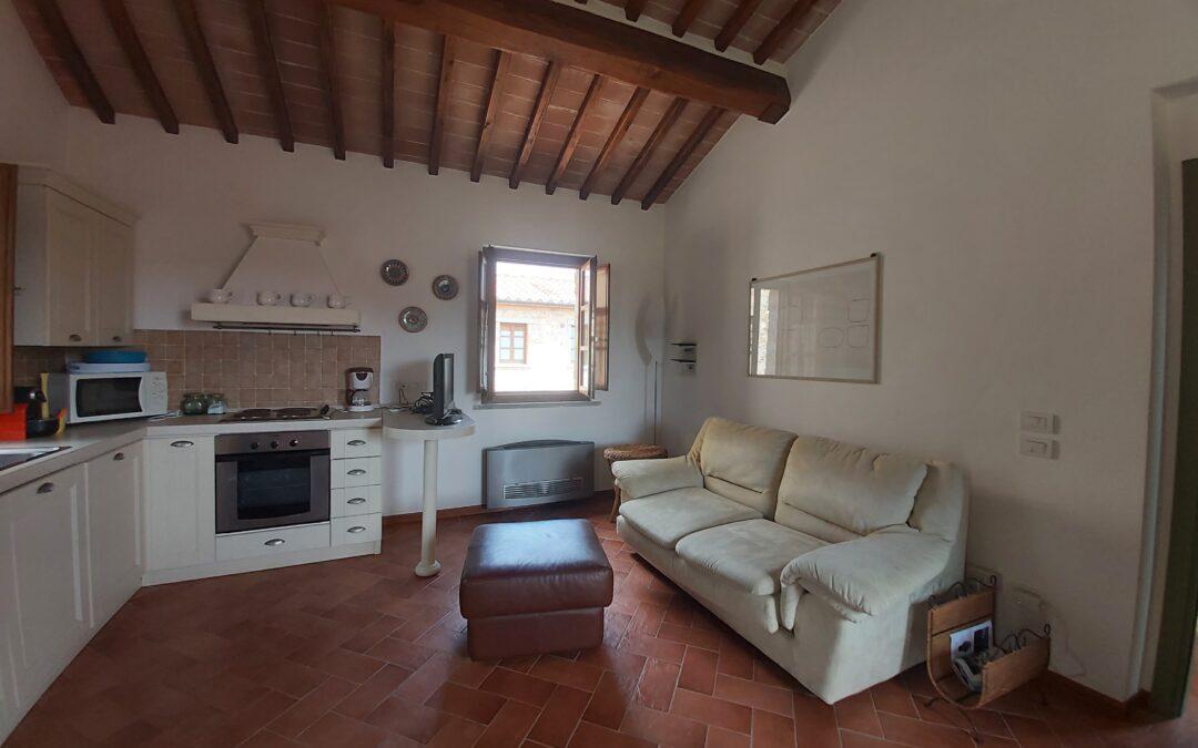 VENDITA BILOCALE – Gaiole in Chianti Rif. A158